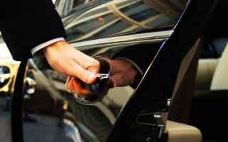 Viaggi: taxi  servizio taxi  prenotazione taxi
