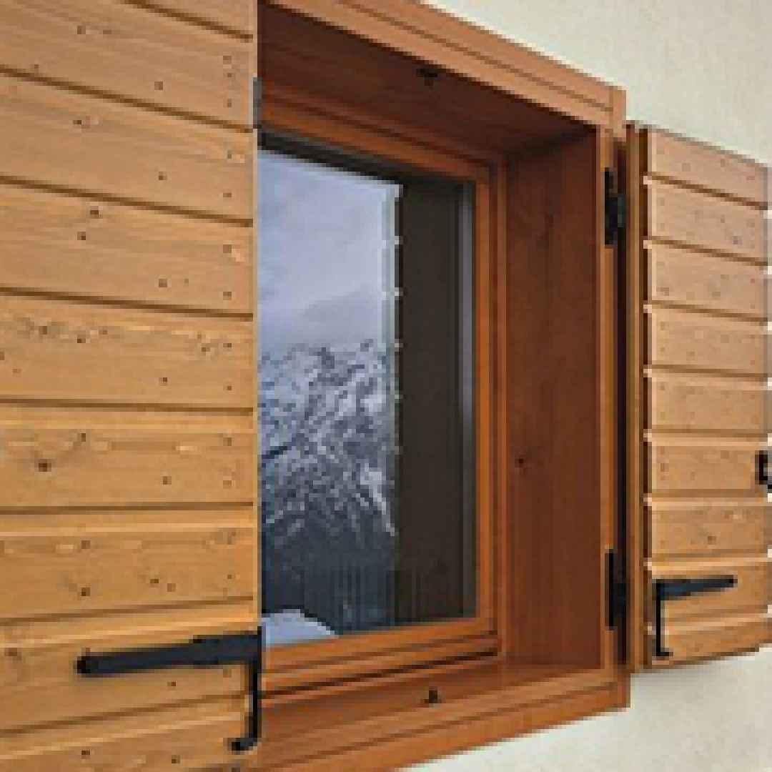 Come verniciare e proteggere gli infissi e le finestre in - Verniciare finestre ...