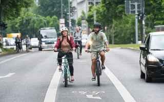 Ciclismo: ebike  bike  bici elettrica  e-bike