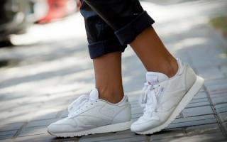 sneakers  scarpe  pulire