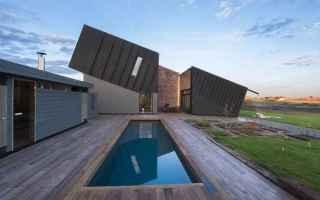 Architettura: acqua  energia  luce solare  piovana