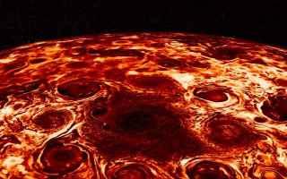 Astronomia: juno  giove  nasa