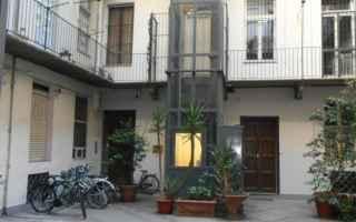 Casa e immobili: condominio  cortile  titolo