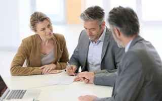 Soldi: investimento  assegno  promotore  banca