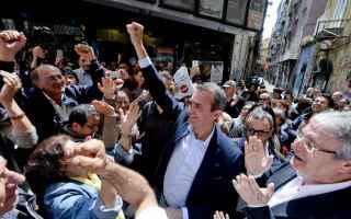 sinistra  de magistris  varoufakis