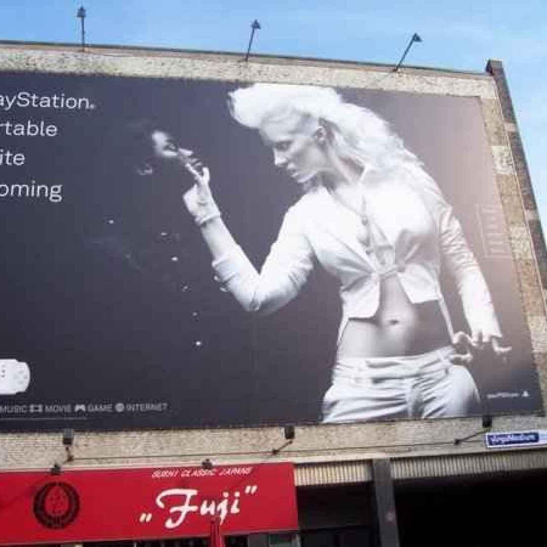 advertising  pubblicità  razzismo  tirrenica