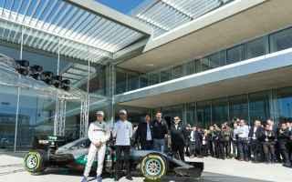 Formula 1: f1  mercedes  petronas
