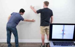 Presto saremo in grado di controllare la nostra casa con una parete intelligente.Neanche piu` gli in