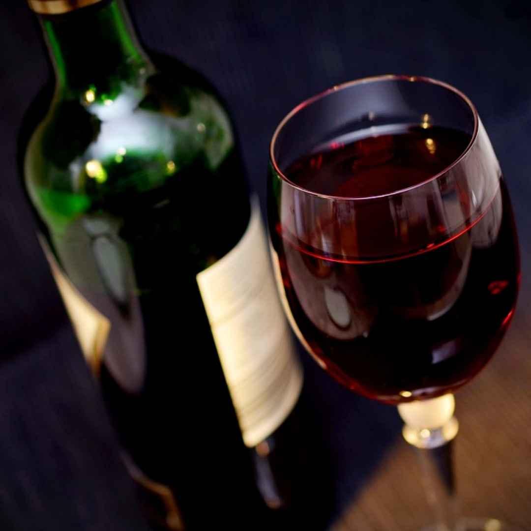 vino rosso  resveratrolo  antiossidanti