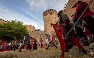 Storia: brisighella  festa medioevale