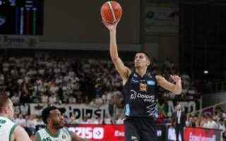 Basket: trento  seria a  playoff  avellino