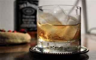 Viaggi: corto maltese whisky pirati rotte viaggi