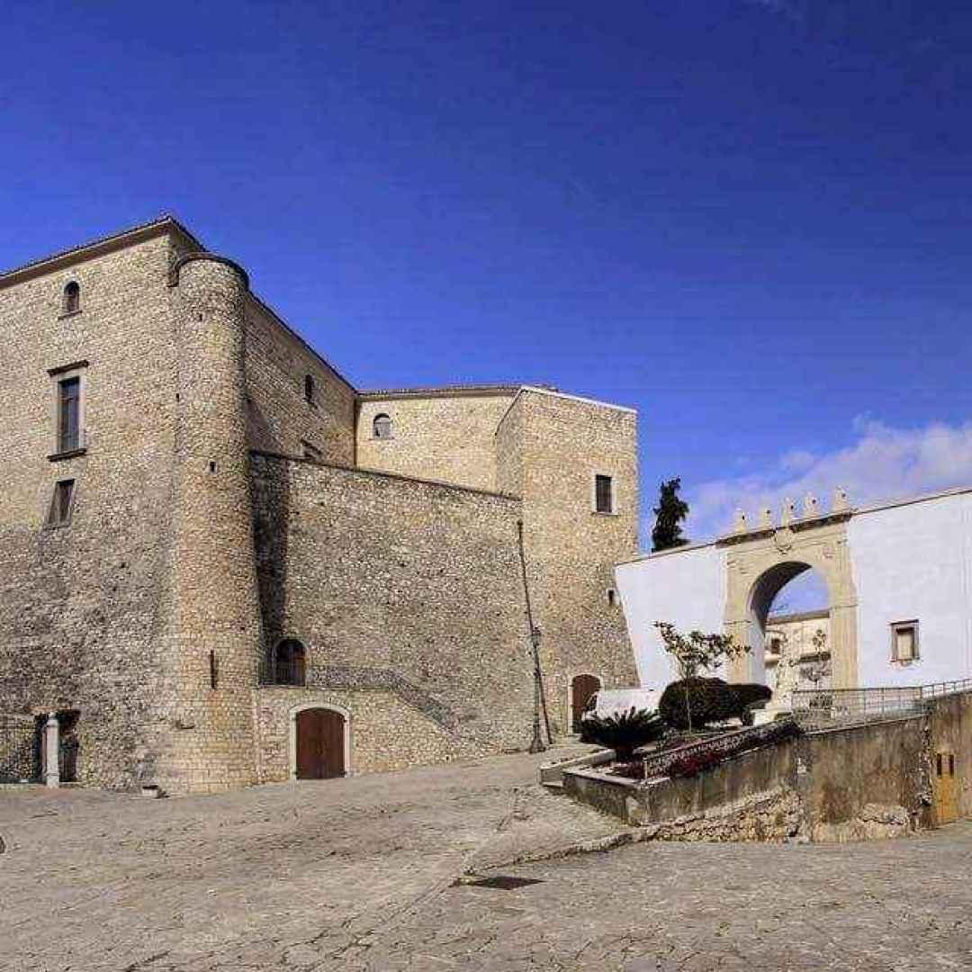 Alla scoperta di tre borghi e tre castelli in Irpinia