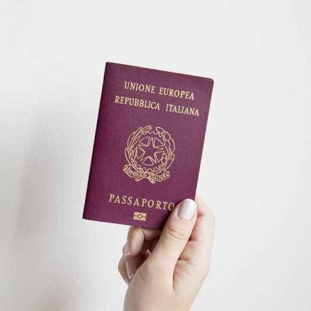 Il Passaporto, indicazioni per farne richiesta. Tempi e documenti necessari.
