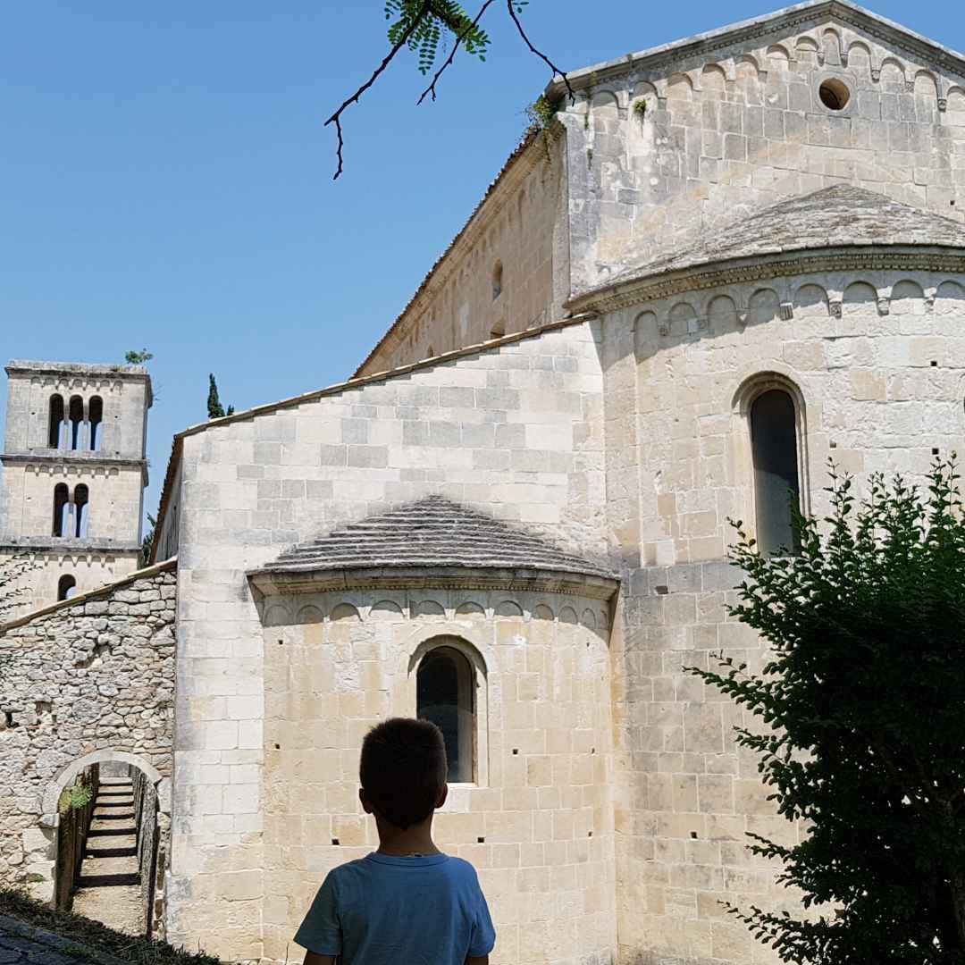 Abruzzo: Abbazia di San Liberatore a Majella