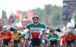 Terza volata alla Vuelta di Spagna, ed Elia Viviani non si lascia, scappare una delle ultime occasio