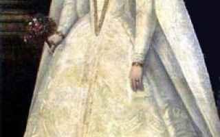 Storia: maria stuarda matrimoni abito bianco