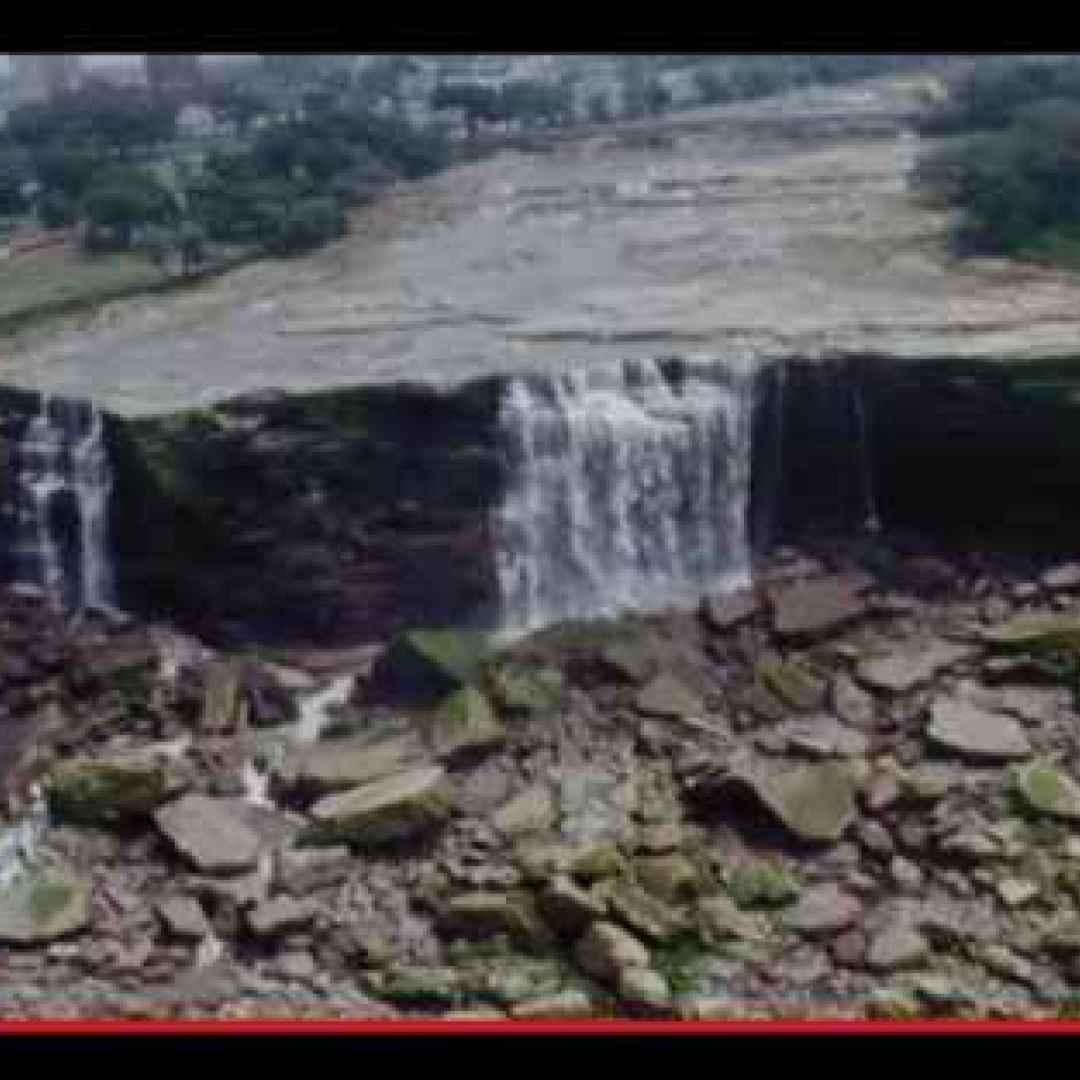 ambiente  canada  cascate  crolli  dighe