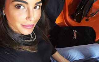 Gossip: chiara biasi  foto instagram  seno  foto