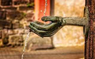 Economia: privatizzazione  acqua  risorsa pubblica