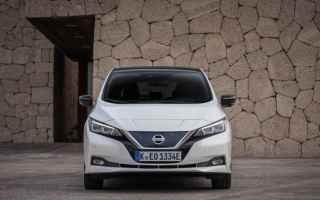 Automobili: nissan leaf
