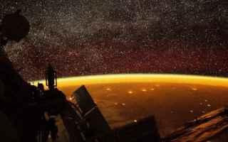 Astronomia: iss  airglow  aurora