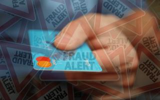 Soldi: Carte di credito clonate: come difendersi?
