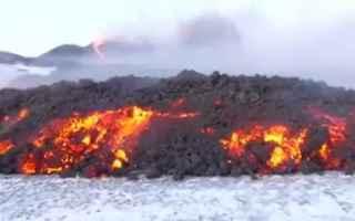 https://www.diggita.it/modules/auto_thumb/2019/01/05/1631193_lava-etna-contatto-neve-video_thumb.jpg