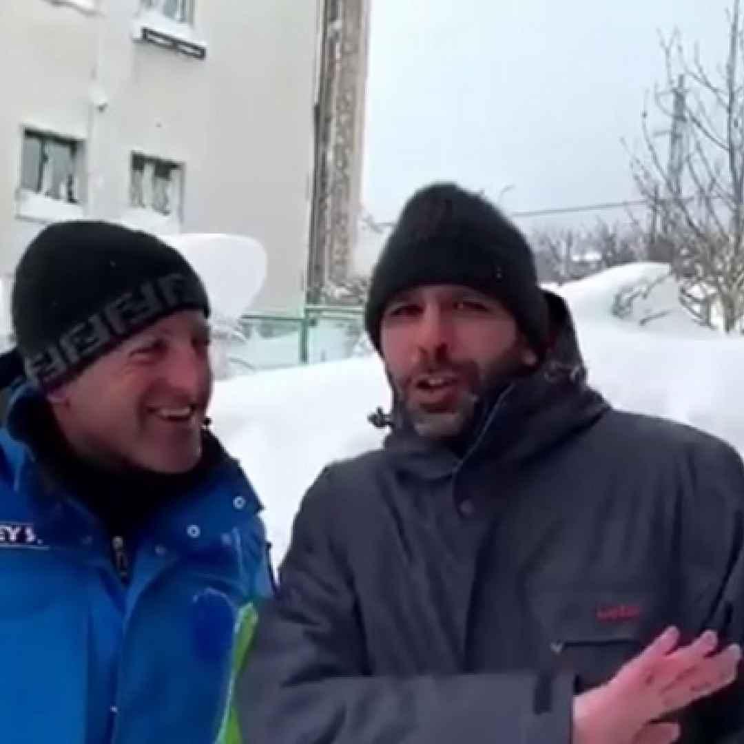 checco zalone video neve ridere