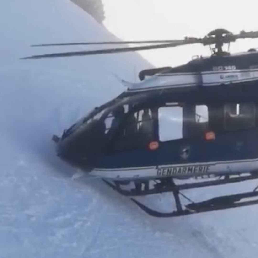 chamonix francia video sci soccorso