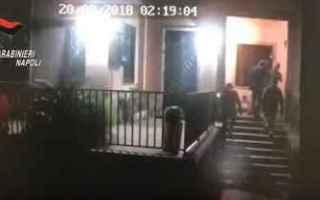Napoli: napoli video carabinieri ladri arresti