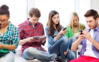 Scuola: cellulari  smartphone