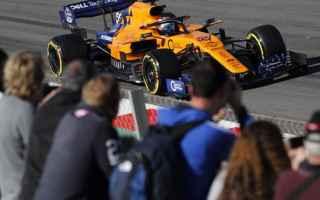 Carlos Sainz per il secondo giorno consecutivo, conferma la Mclaren al primo posto, stabilendo il gi