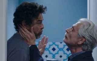 Croce e Delizia, il film di Simone Godano, vede protagoniste due famiglie molte diverse tra loro.<b