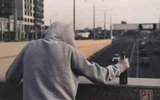 https://www.diggita.it/modules/auto_thumb/2019/03/04/1635591_suicidio-depressione-psicologi_thumb.jpg