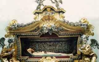 Religione: macchina di santa rosa  viterbo