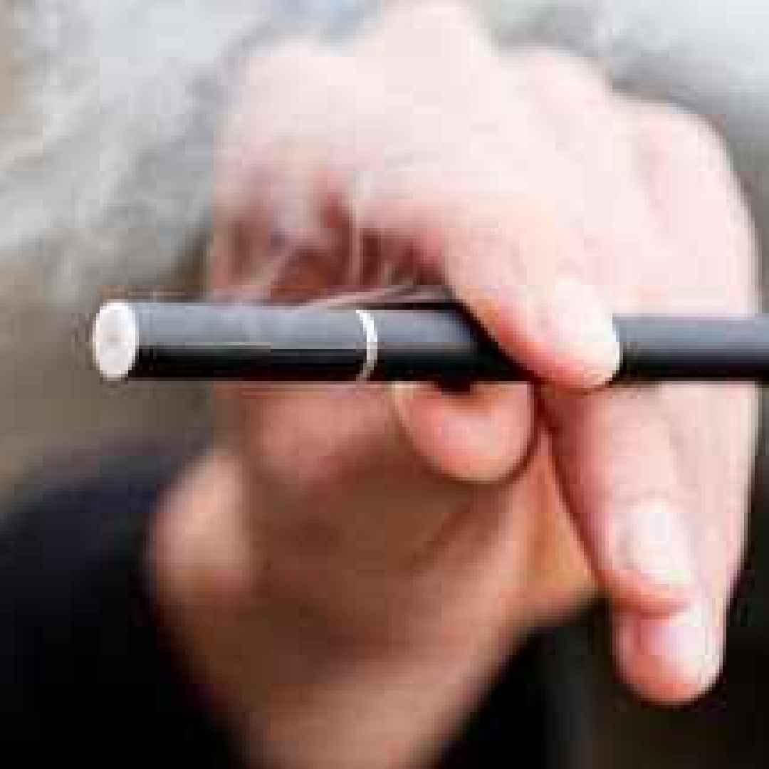 e-cig  sigarette elettroniche