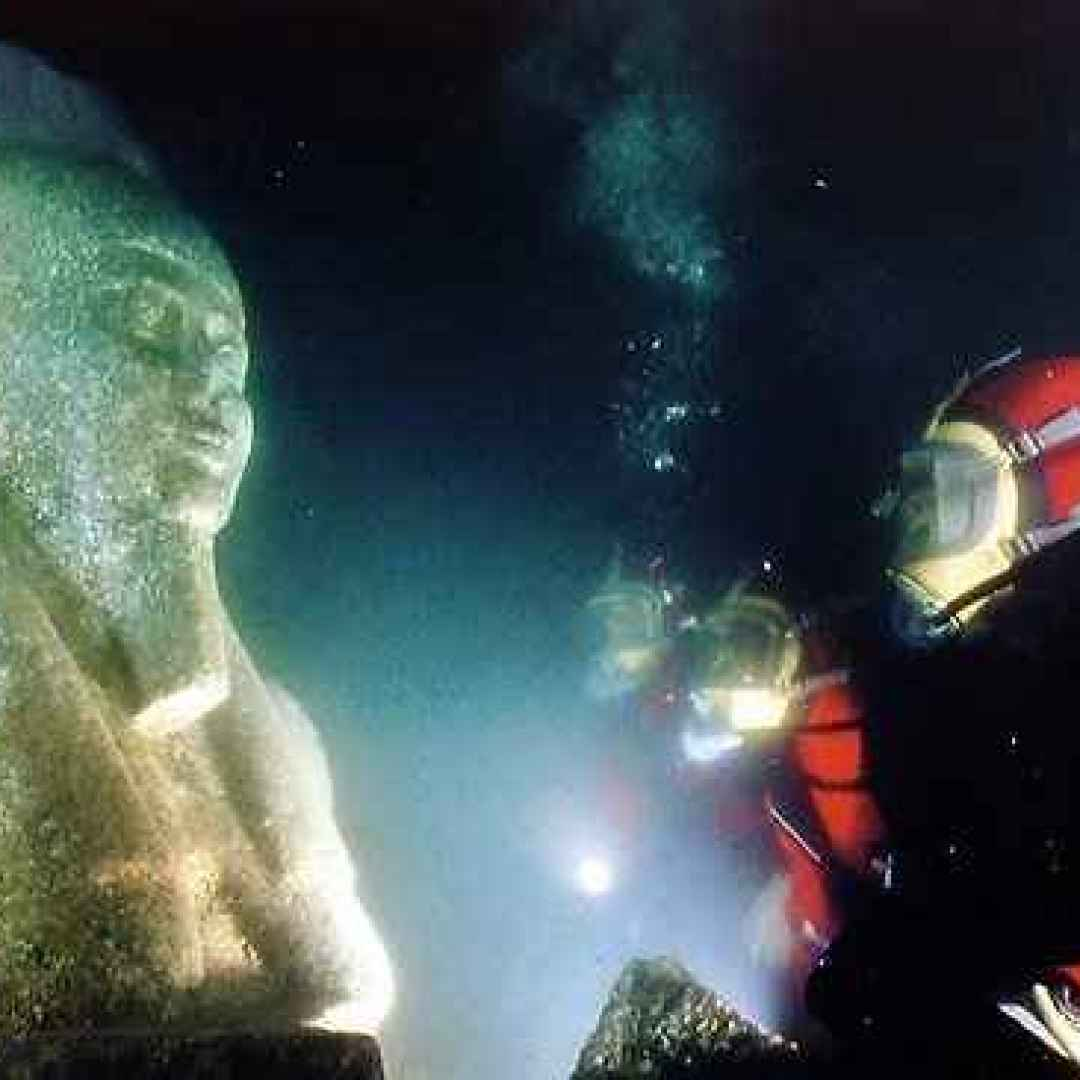 heracleion  iside  stele  thonis