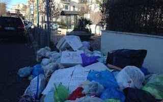 Napoli: torre del greco  rifiuti