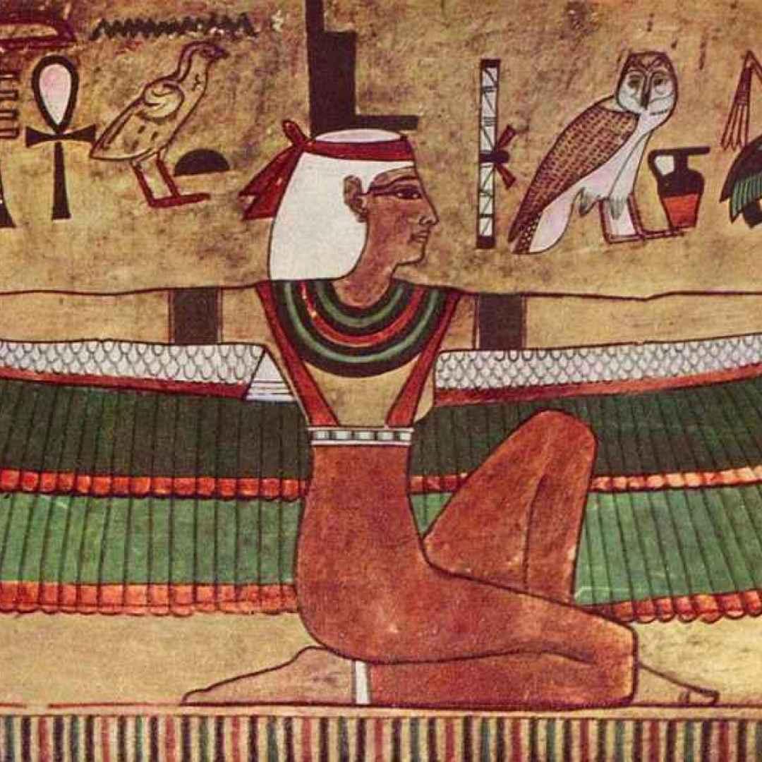 dee  iside  mitologia  nefhti  nut