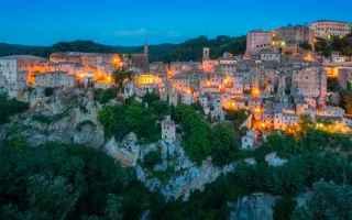 Viaggi: viaggi  borghi  idee viaggio  roccia