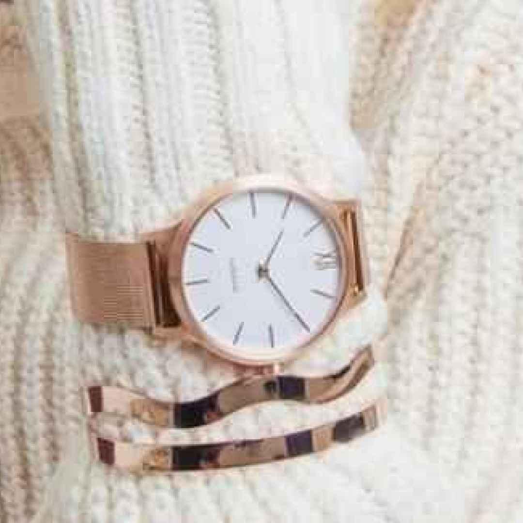 smartwatch  wearable  donne