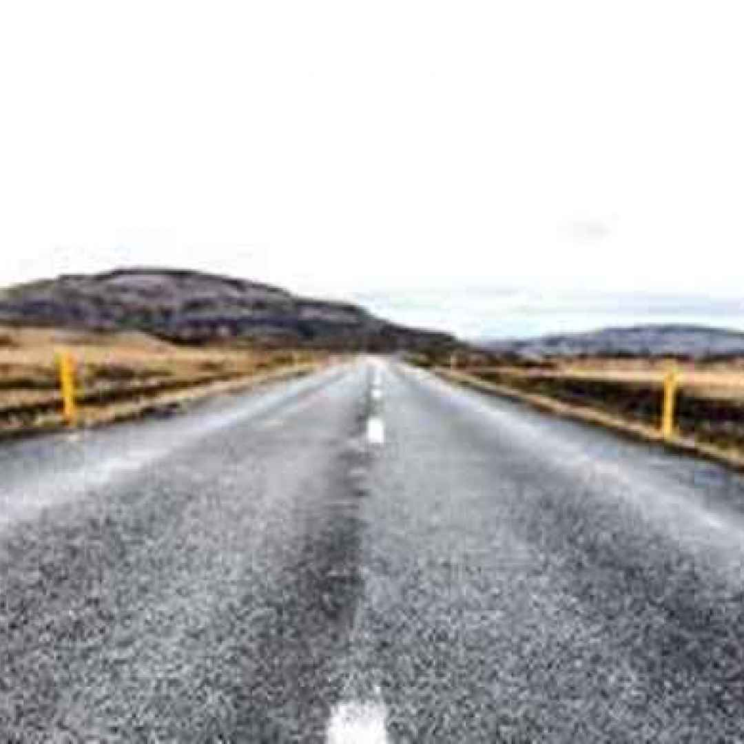 rifiuti  ambiente  asfalto