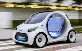 Automobili: gelly  smart mercedes  renault