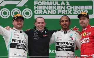 Formula 1: f1  chinesegp  hamilton  mercedes