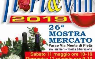 Torino: carignano  fiori  vino