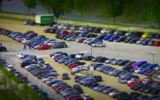 https://www.diggita.it/modules/auto_thumb/2019/05/04/1639746_miniature_parking_vehicles_autos-1389413_thumb.jpg
