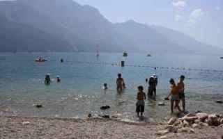 Viaggi: estate  vacanza  lago