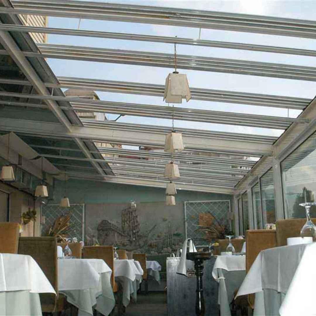 coperture scorrevoli per ristoranti