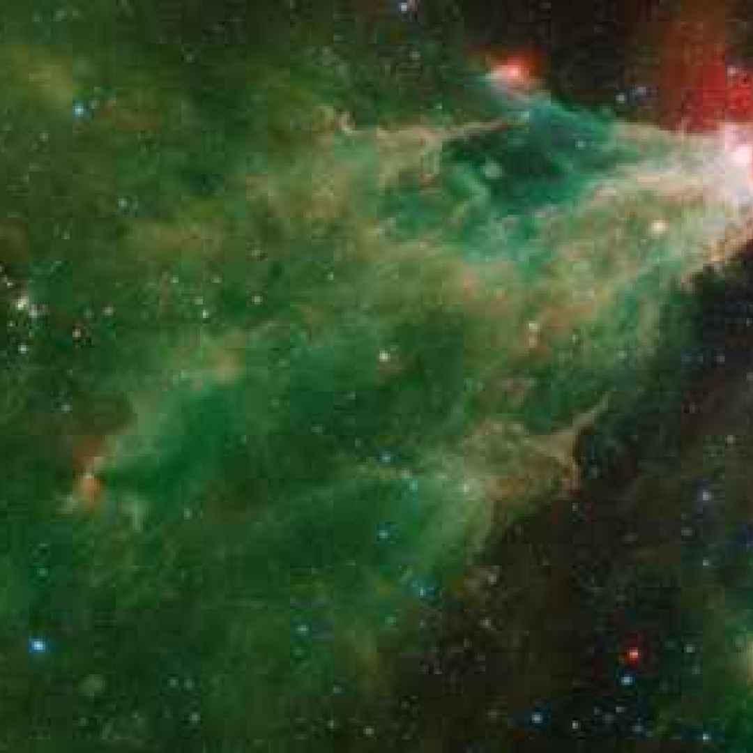 nebulose  stelle  spitzer
